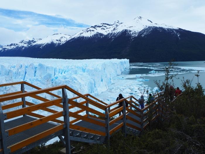 Les passerelles aux abords du glacier