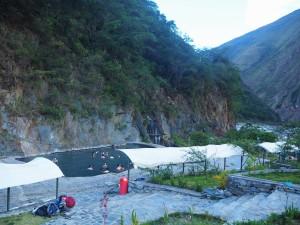 3è jour du trek. Hot Springs. On ne s'est pas lavé dans les bassins mais sous la douche hein!